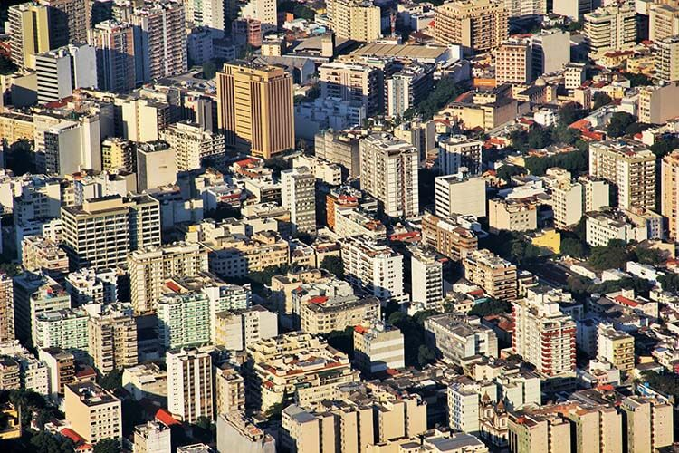 Secovi Rio promove na Barra palestra sobre fechamento de varandas