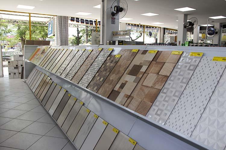 Lojas de materiais de construção estão abertas no Rio