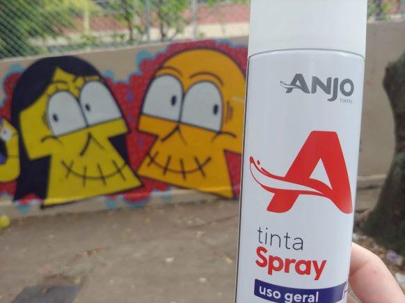 Paraisópolis: empresa doa tintas para ação com grafiteiros