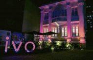 Clínica Ivo Pitanguy ganha iluminação pelo Outubro Rosa