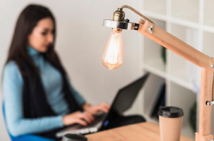 Saiba como economizar energia elétrica em casa